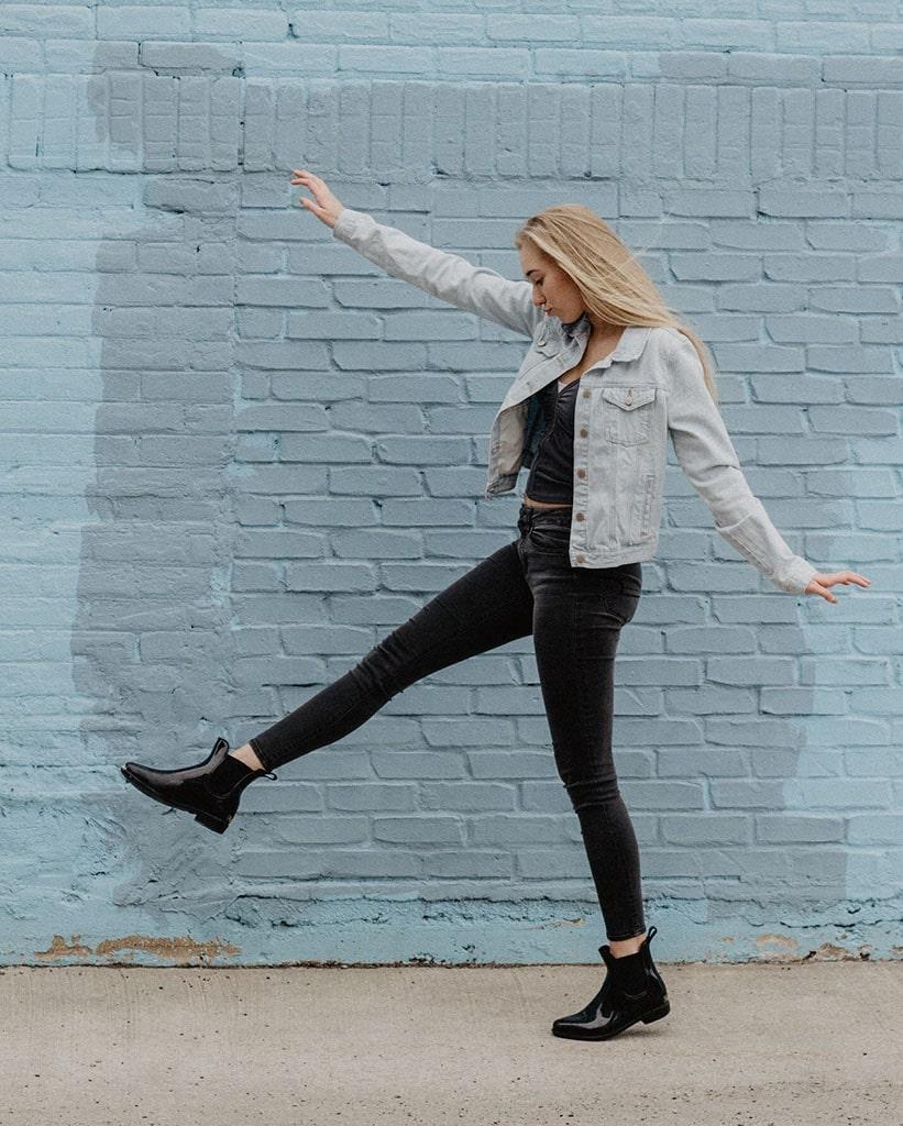 Total Black: giacca di jeans